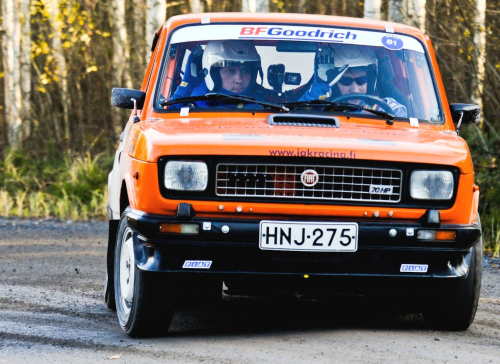 FiatPohjanmaa11EK2RajattuMorox2.jpg